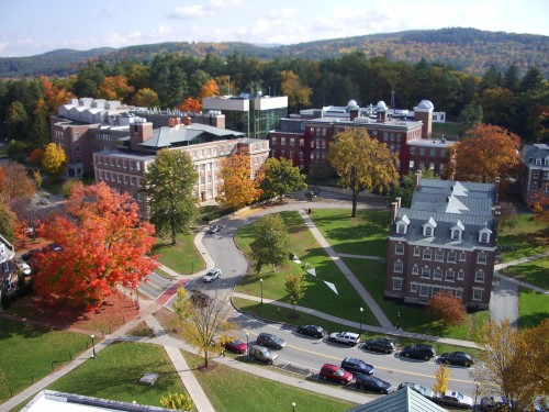 Dartmouth_College_campus_2007-10-20_09