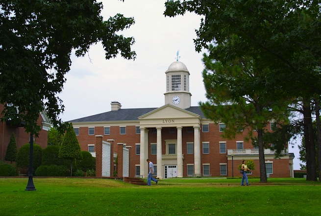 Lyon College
