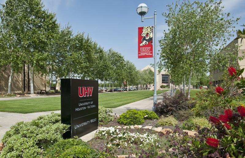 University of Houston Victoria - finance degree online