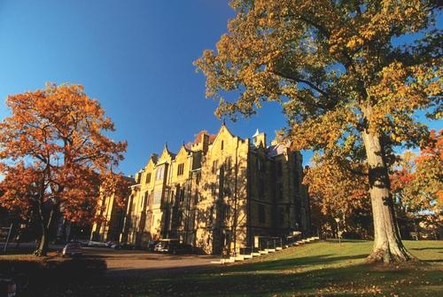 college-photo_1800