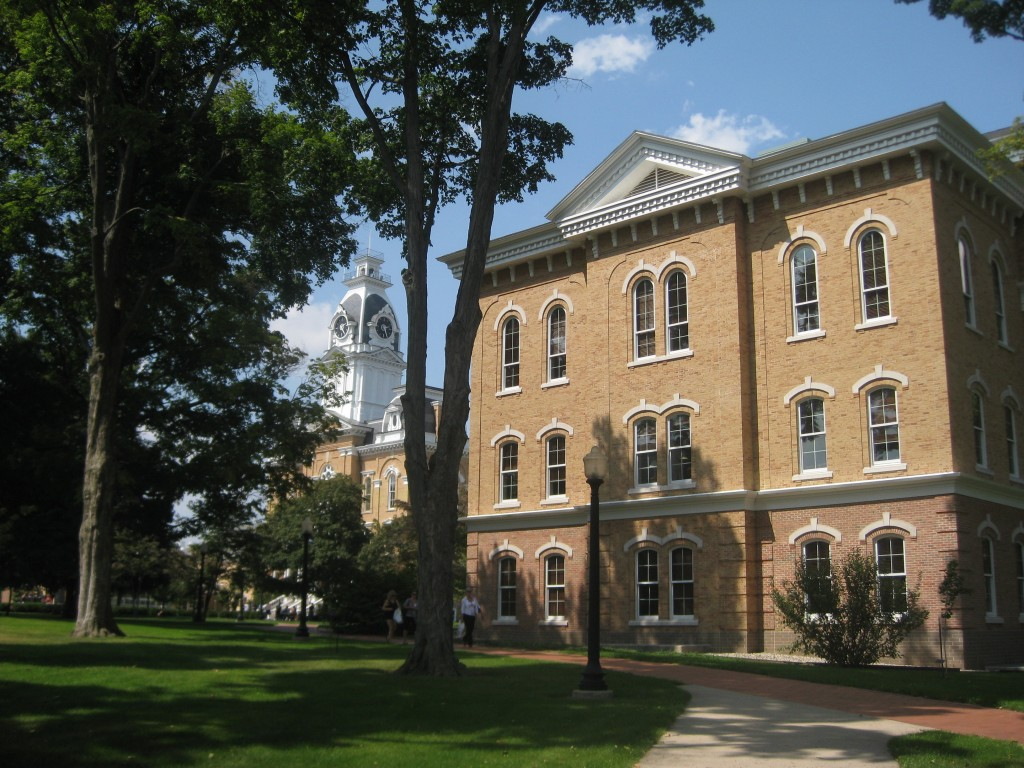 hillsdale-college-beautiful-midwest